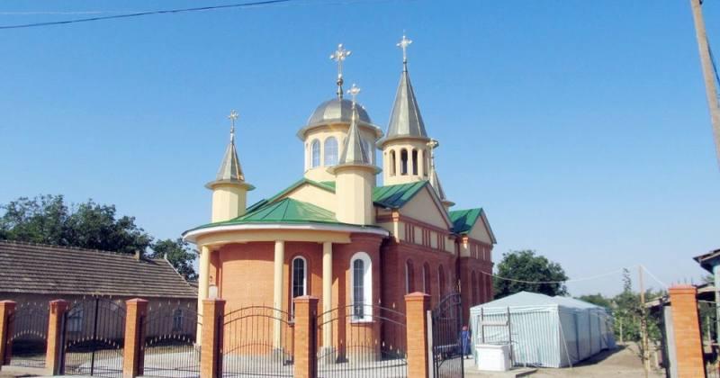 Румынский храм в Камышовке