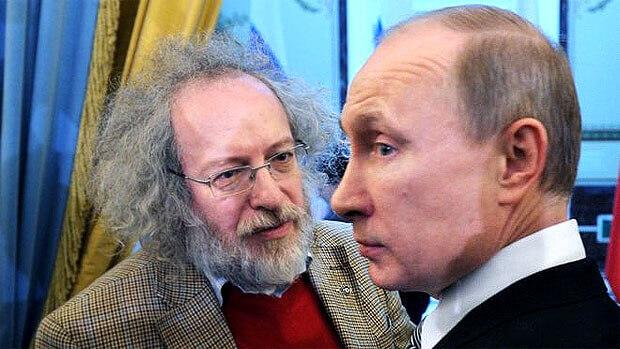 Главред «Эха Москвы» Алексей Венедиктов опроверг возможное лишение радиостанции лицензии