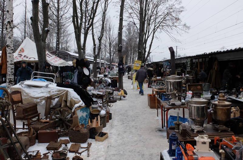 Блошиный рынок на Уделке