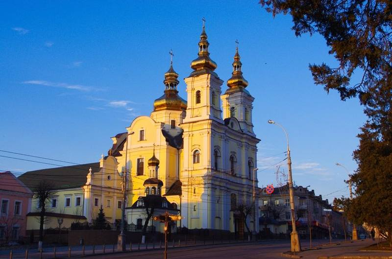 Кафедральный собор Винницы, захваченный Шостацким