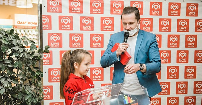 Забег на каблуках от Love Radio Саратов - Новости радио OnAir.ru