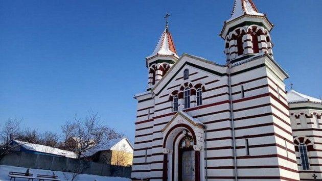 Свято-Михайловский храм с. Задубровка