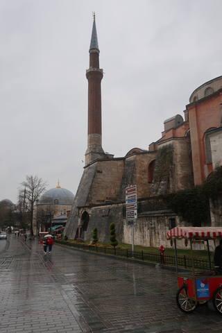 http://images.vfl.ru/ii/1617819185/9d464640/33989094_m.jpg