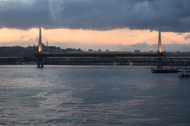 http://images.vfl.ru/ii/1617819734/3f74911c/33989263_m.jpg