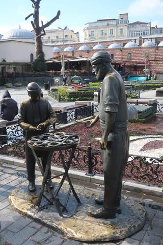http://images.vfl.ru/ii/1617819736/f54b576d/33989267_m.jpg