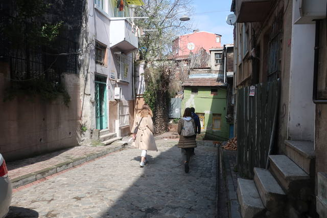 http://images.vfl.ru/ii/1618420114/233caa6b/34082083_m.jpg