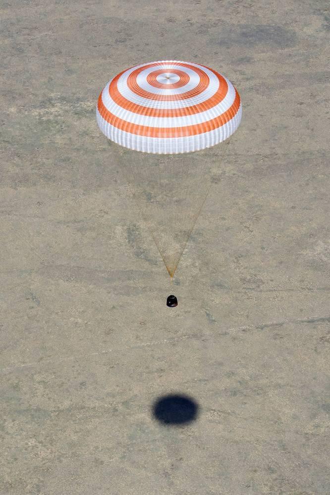 Спускаемый аппарат пилотируемого корабля «Союз МС-17»