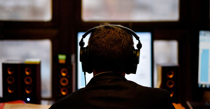 Сбербанк договорился о покупке стримингового сервиса Muzlab - Новости радио OnAir.ru
