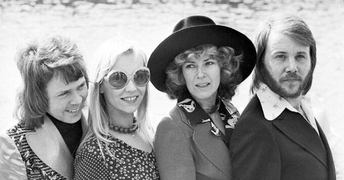 Группа ABBA продержалась тысячу недель в британском хит-параде - Новости радио OnAir.ru