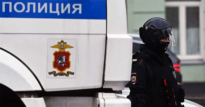 Сотрудницу «Ленты.ру» задержали в центре Москвы - Новости радио OnAir.ru