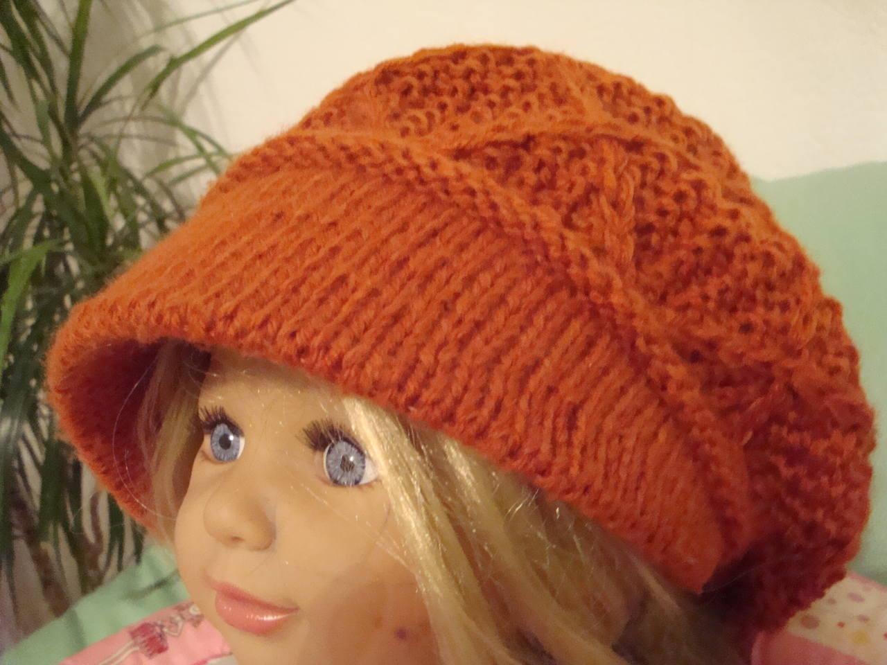 Вяжем шапку с козырьком женская 43