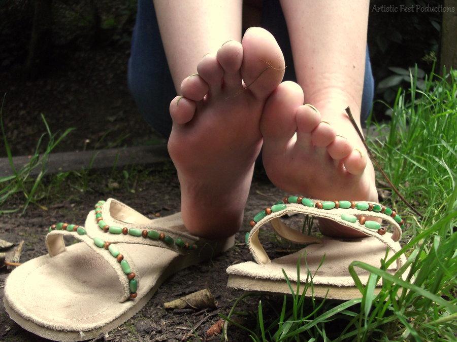 Free videos of teen girls stiping