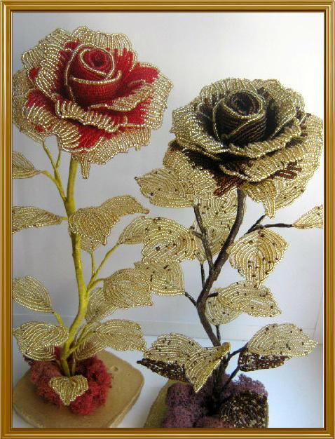 Чёрные цветы из бисера