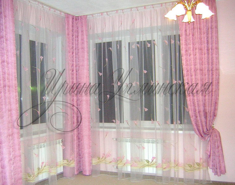 Дизайн угловой комнаты на 2 окна