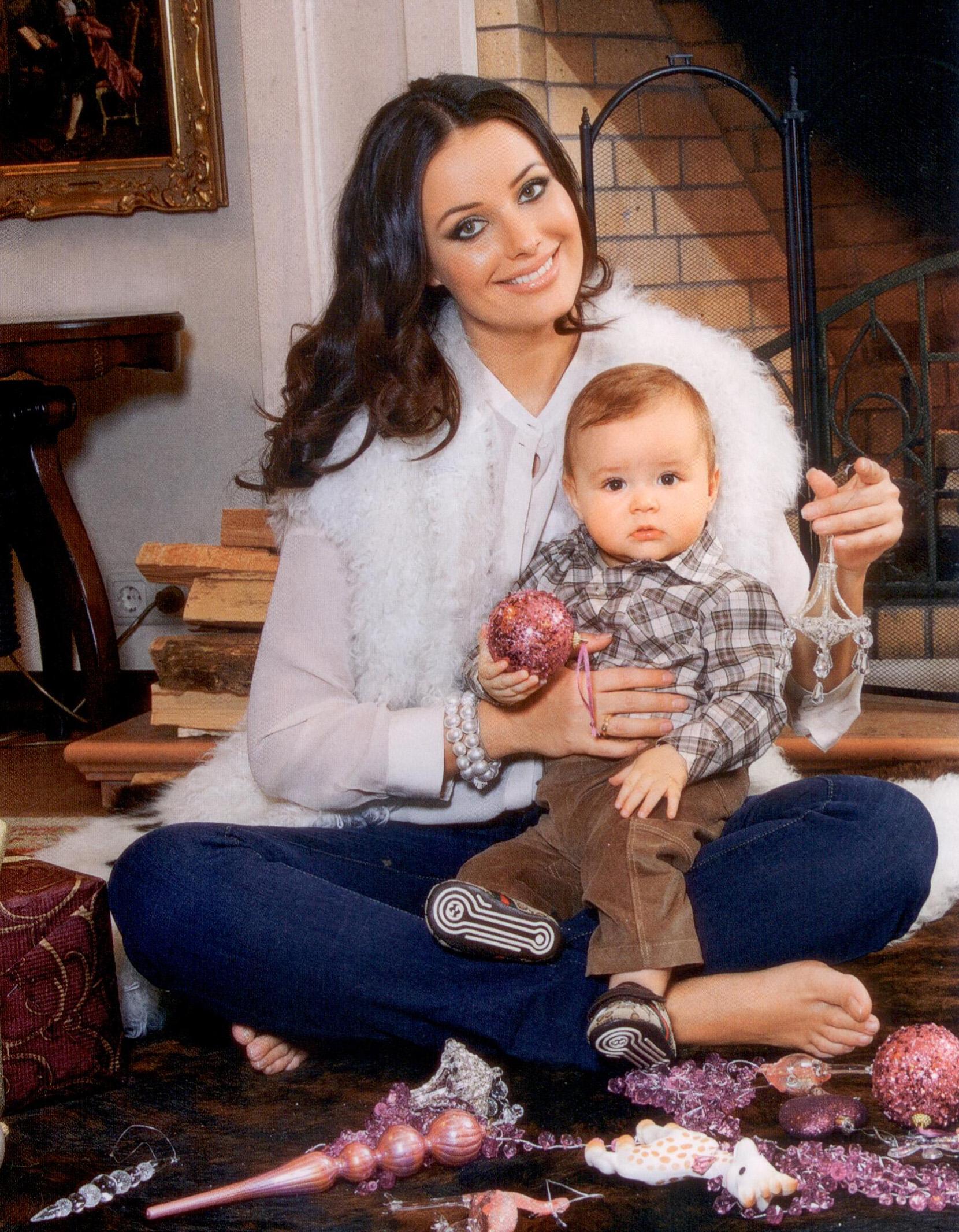Новые фото оксаны федоровой и ее детей