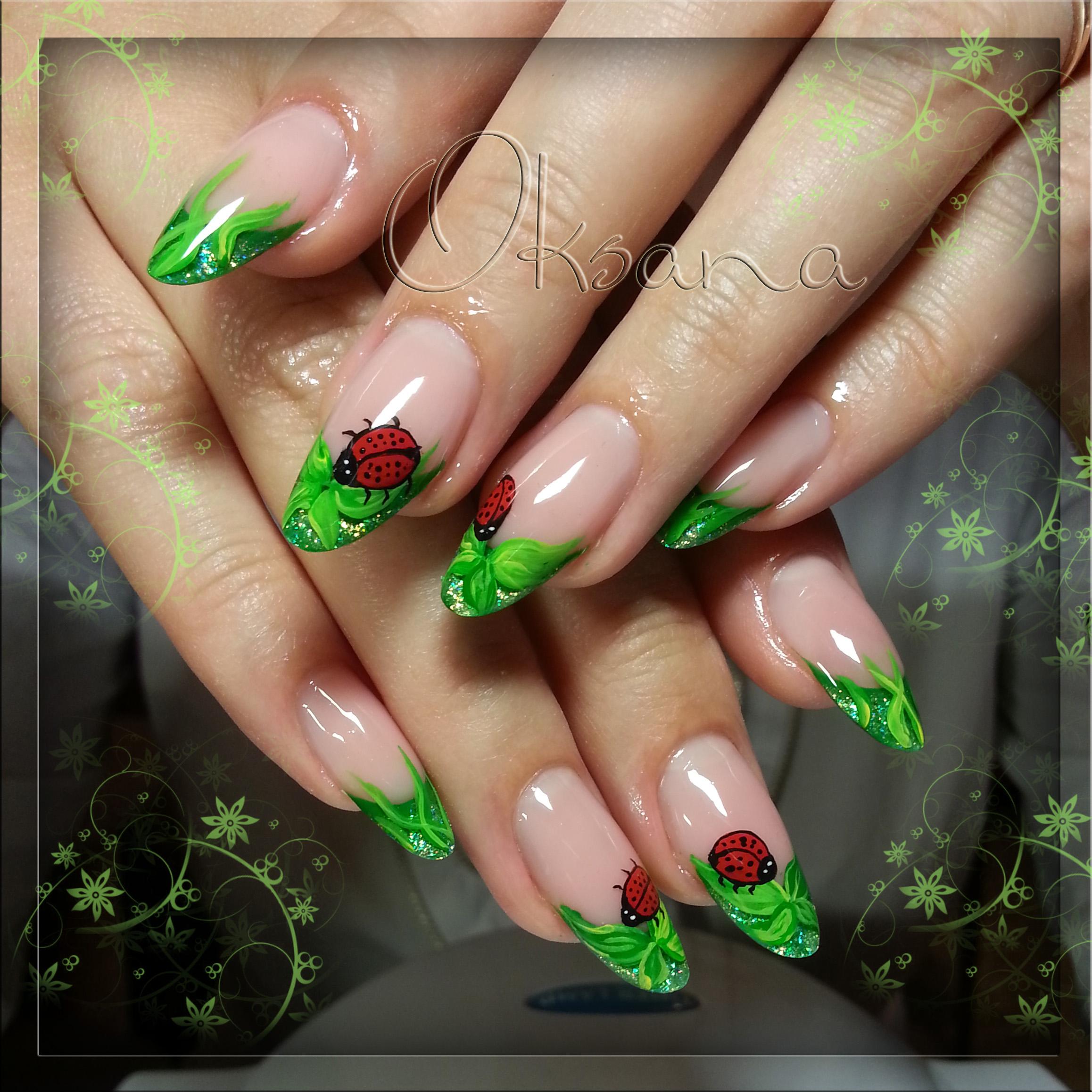 Зеленые ногти дизайн фото