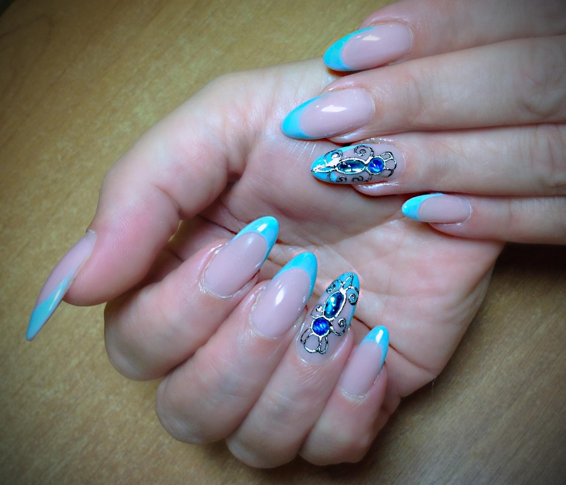 Фото ногти скошенный френч