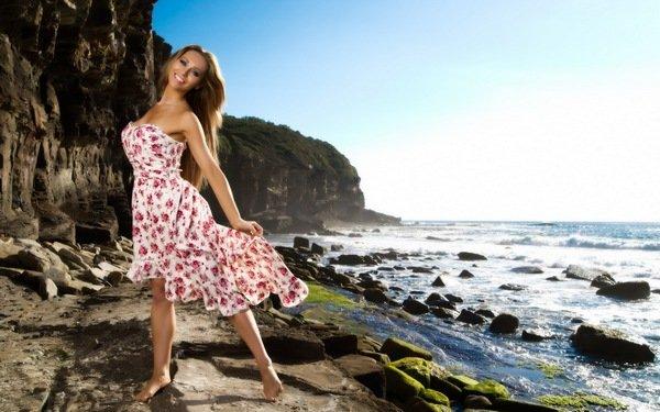 фото женщин на берегу моря в альбоме девушки № 22