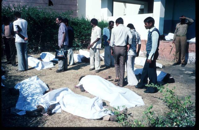 Картинки по запросу Крупнейшая техногенная в истории: трагедия в Бхопале (18+) фото