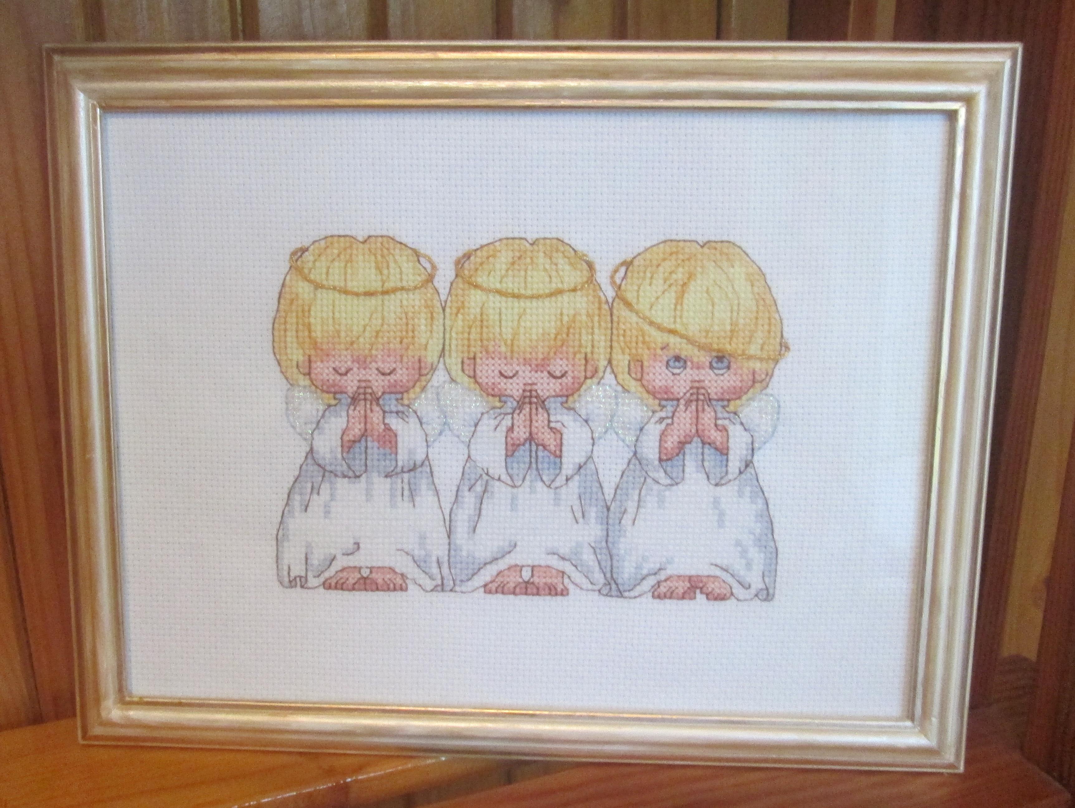 Картинка почти идеальный там три ангелочка