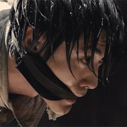 Атака титанов. Фильм второй: Конец света (2015) 17302225