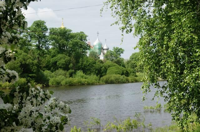 http://images.vfl.ru/ii/1497548841/f51efd3b/17585199_m.jpg