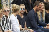 Bill+Kaulitz+William+Fan+Defile+Der+Berliner+ba-fGX-10Zvx