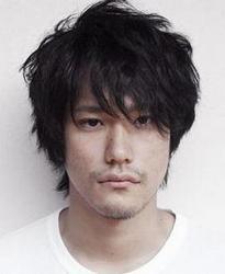 Кеничи Мацуяма 18247847