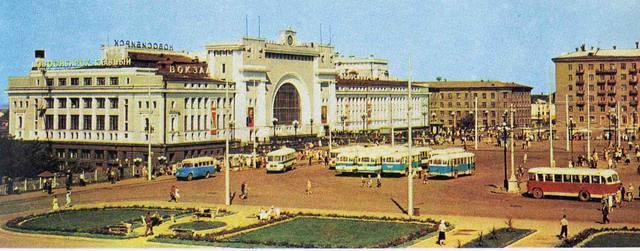 http://images.vfl.ru/ii/1512886490/148c22a5/19753659_m.jpg