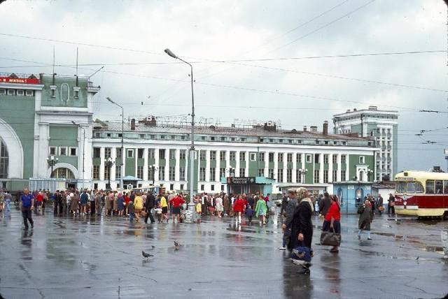 http://images.vfl.ru/ii/1512886491/39d1be9c/19753664_m.jpg