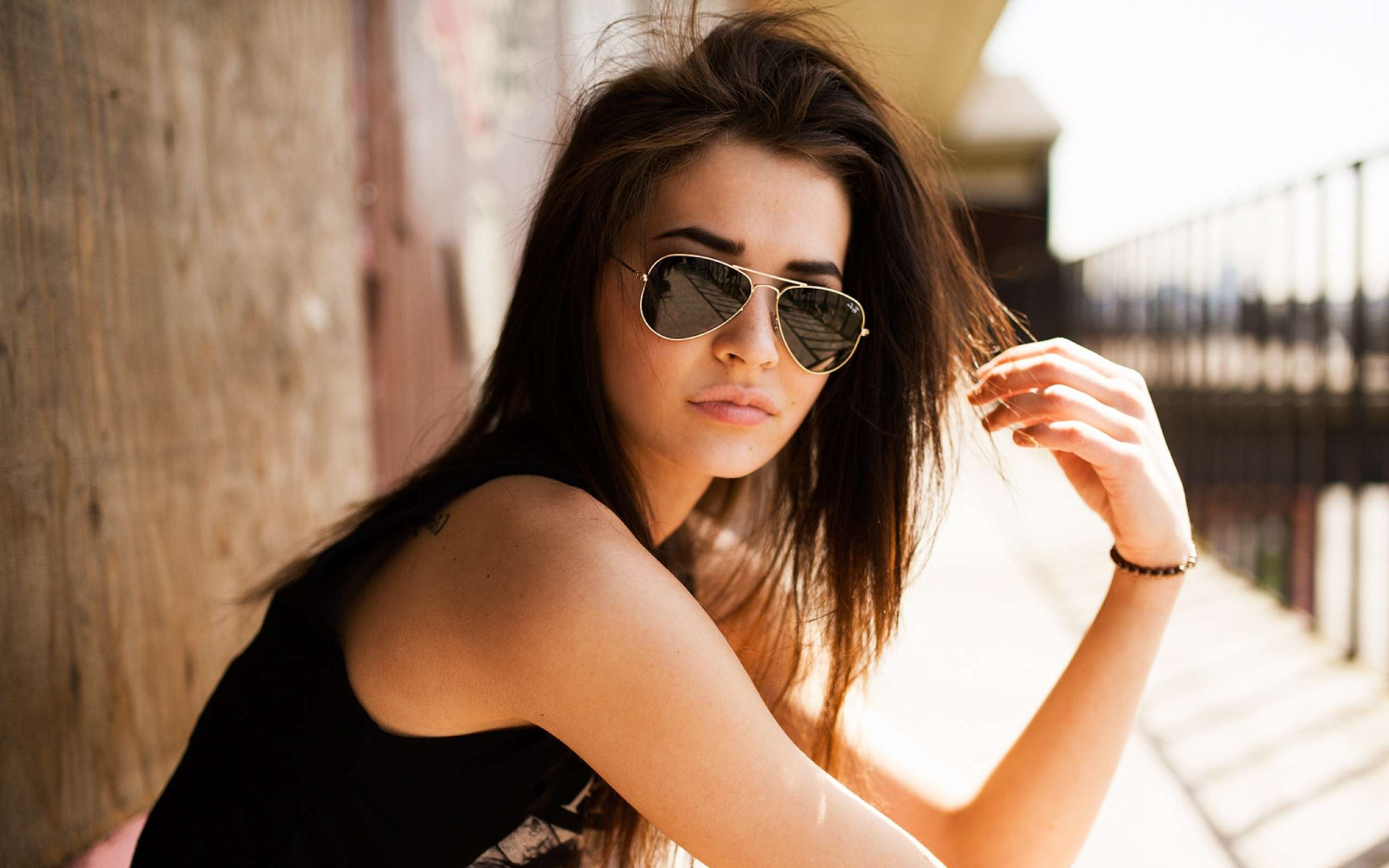 hosting-sponser-best-girl-best-girl-hipster