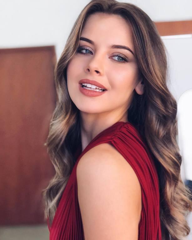 candidatas a miss russia 2018. final: 14 abril. - Página 6 21123609
