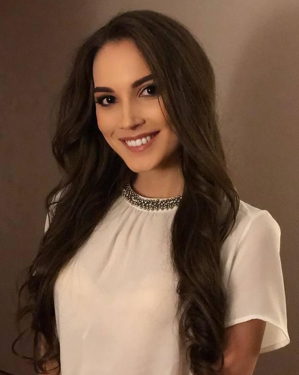 candidatas a miss russia 2018. final: 14 abril. - Página 6 21123859