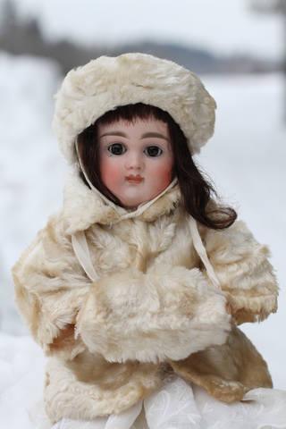 Антикварная кукла Кестнер с закрытым ртом