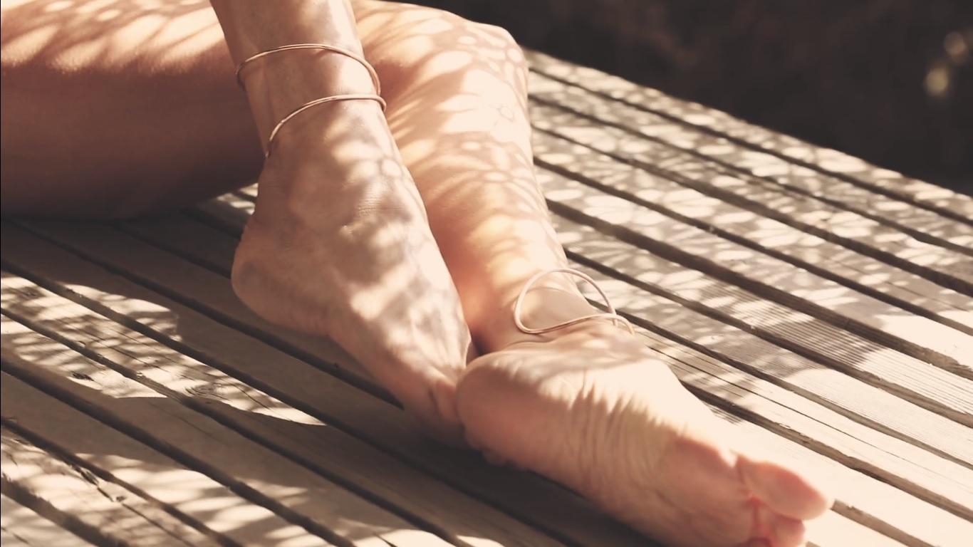 есть фото ступней ног меган фокс работу запросу фотограф