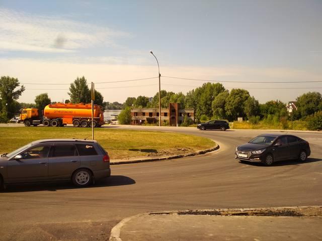 http://images.vfl.ru/ii/1533819096/46326c51/22825164_m.jpg