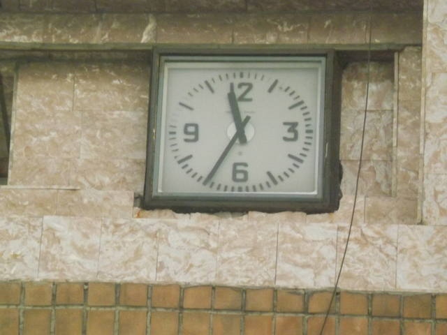 http://images.vfl.ru/ii/1541066618/f22cb2b7/24024468_m.jpg