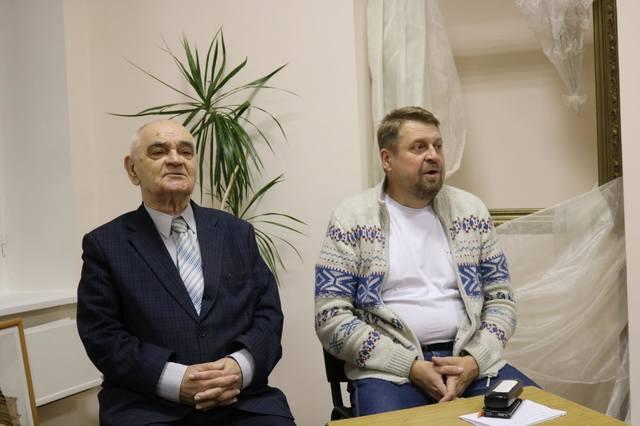 http://images.vfl.ru/ii/1543239611/c7bfafc8/24359569_m.jpg