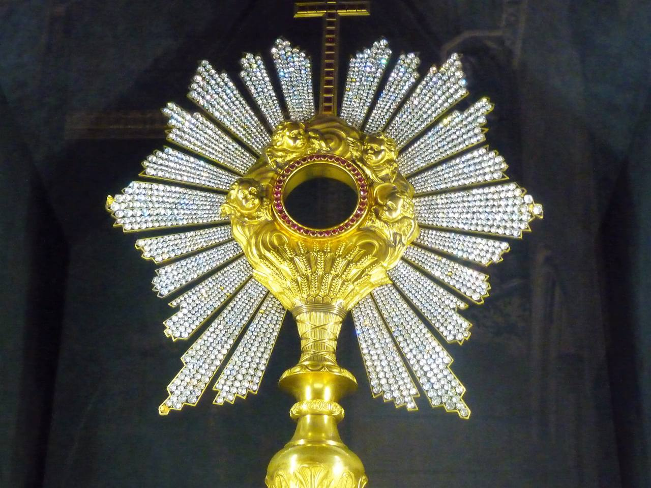 Notre Dame (8)