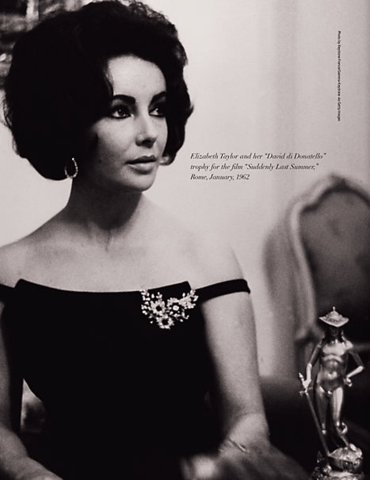 Elizabeth-Taylor-looking-glamorous-in-the-brooch-and-earrings-from-her-Bulgari-emerald-and-diamond-suite.-Via-Diamonds-in-the-Library.