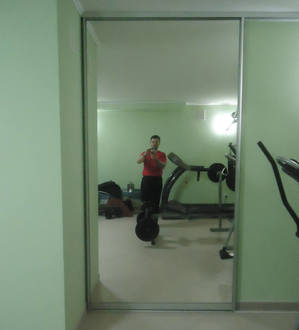 Дверь купе перегородка в спортзале Стоимость 14000 ₽