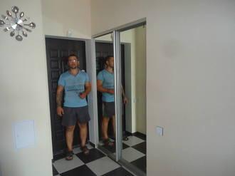 Зеркальная система дверей купе в прихожей Стоимость 17000 ₽