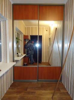 Встроенный шкаф купе в прихожую с комбинированными дверями Стоимость 25000 ₽