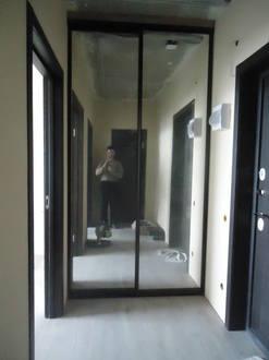 Встроенный зеркальный шкаф купе в прихожую Стоимость 16000 ₽