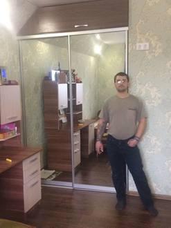 Встроенный шкаф купе для детской комнаты Стоимость 28000 ₽