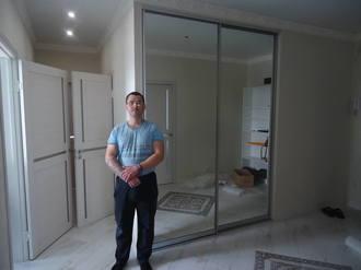 Зеркальные двери купе для прихожей Стоимость 16000 ₽