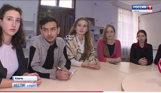 http://images.vfl.ru/ii/1552514924/aaeedc07/25756285_m.jpg