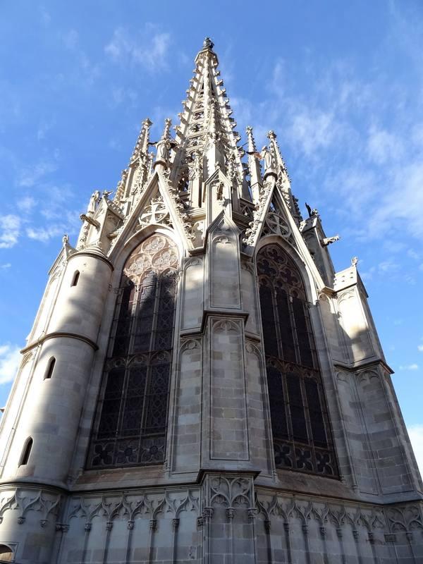 Крыша кафедрального собора Барселоны