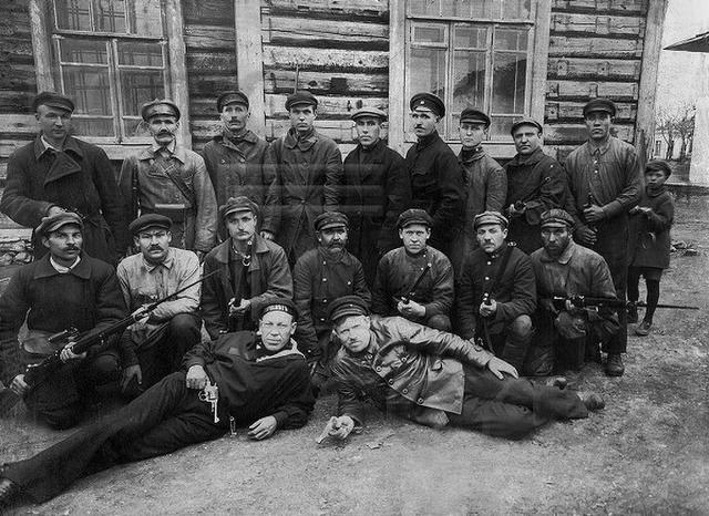 25 ноября - День российского военного миротворца и не только... RNFNxji5MmYRTZ