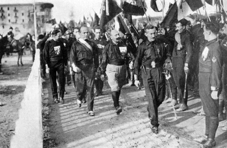 1280px-March on Rome 1922 - Mussolini